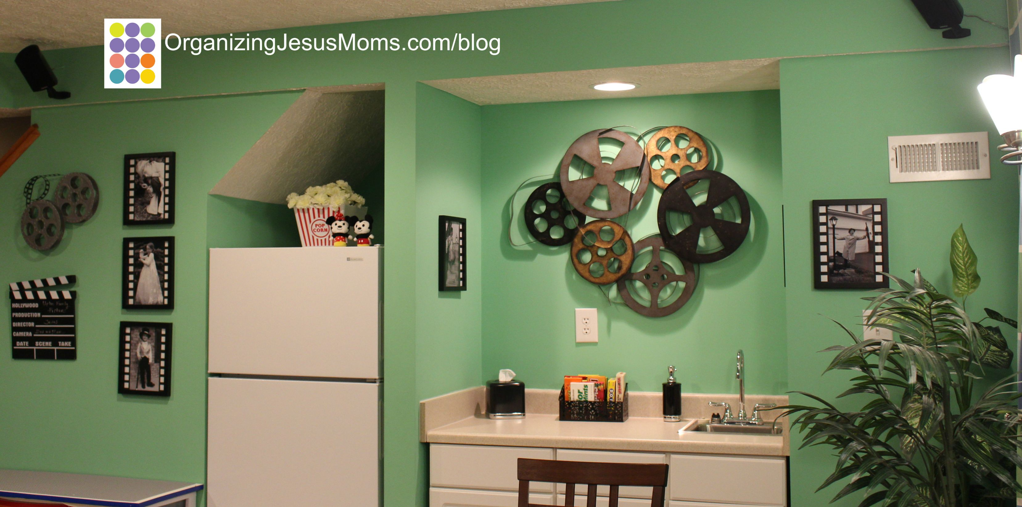 organizing-jesus-moms-movie-room